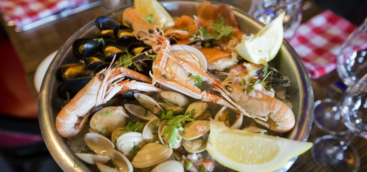 Frischer Fisch und Meeresfrüchte, Echt Irland, Irland Pauschalreise