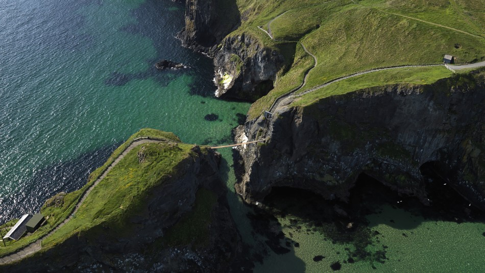 Echt Irland, County Antrim, Carrick-a-rede-ropebridge, Irland Fly and Drive