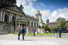 Echt Irland, Belfast, City Hall, Irland Pauschalreise